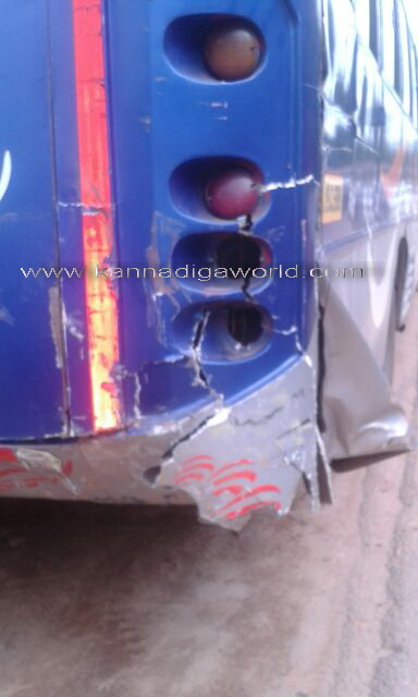 Lorry_bus_acdent_2