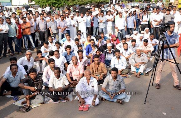 Musilm_protest_photo_3