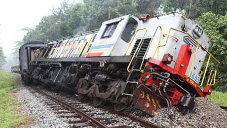 derailed_train