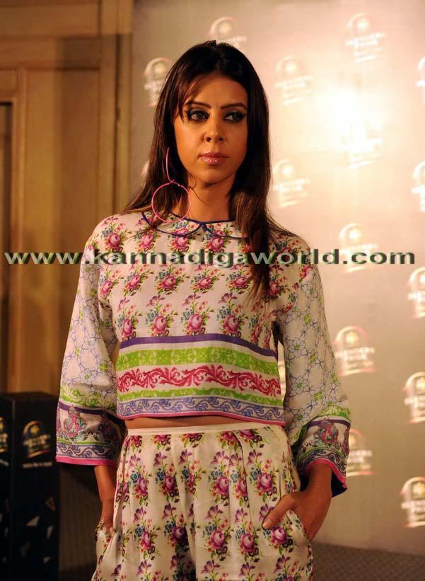 Aditi_Rao_Fashion_5