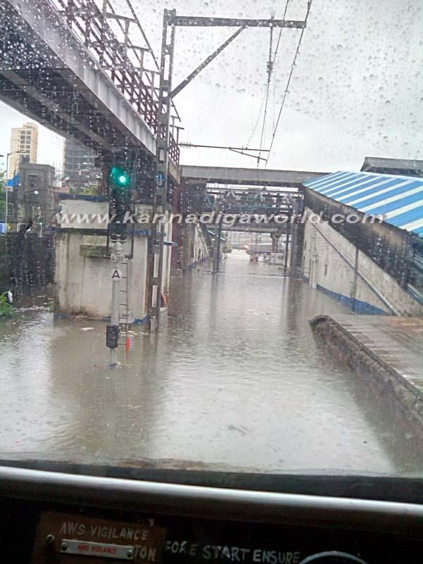 Mumbai_Havy_Rain_10