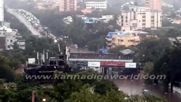 Mumbai_Havy_Rain_11