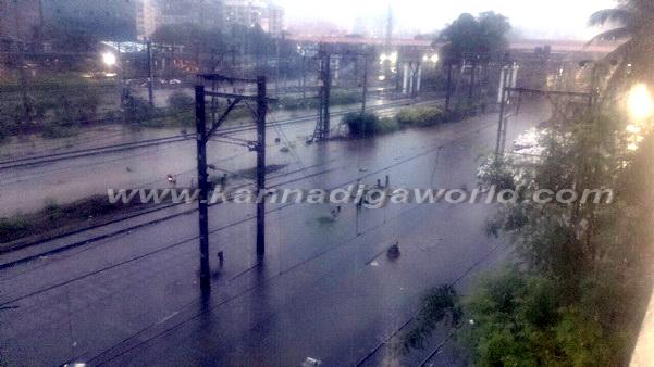 Mumbai_Havy_Rain_19