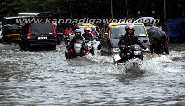 Mumbai_Havy_Rain_6a