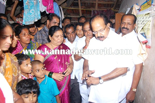 Veerappa Moili_Visit_Akshata House (1)