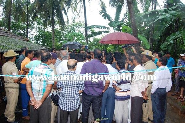 Veerappa Moili_Visit_Akshata House (2)