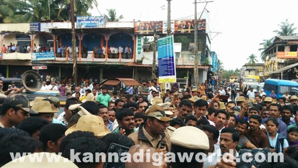 akshatha murder in byndoor protest_June 18_2015-013