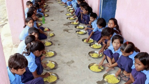 mid_day_meal1_PTI