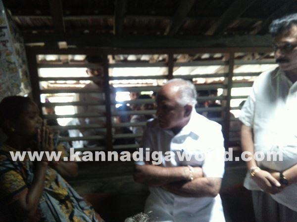 yadiyurappa visit in akshatha houde-June 2_2015-003