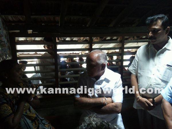 yadiyurappa visit in akshatha houde-June 2_2015-004
