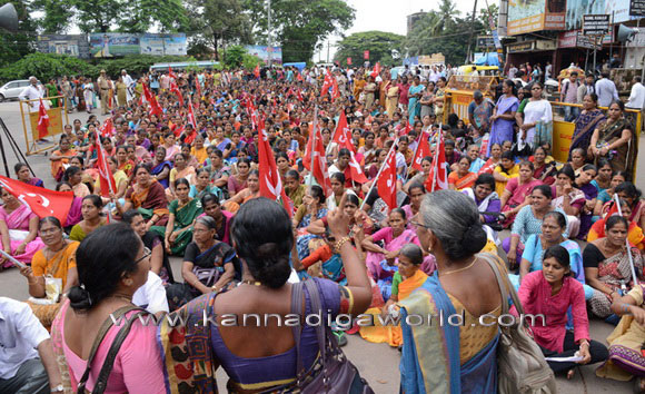 Citu_protest_photo_11