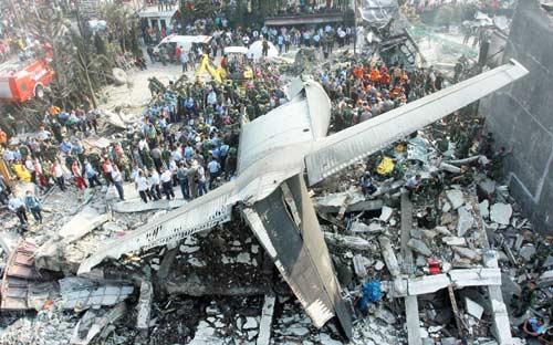 Indonasia-plana-crash
