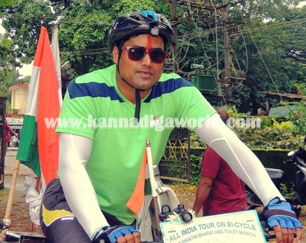 cyclist-abishek visit Modhi. (2)