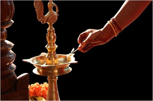 Wethe HindusLight a front God Why DiyaLampin Do of wvNnm80