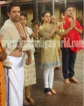 Actor Arjun Sarja_Visit_Kollur Mookambika Temple (1)