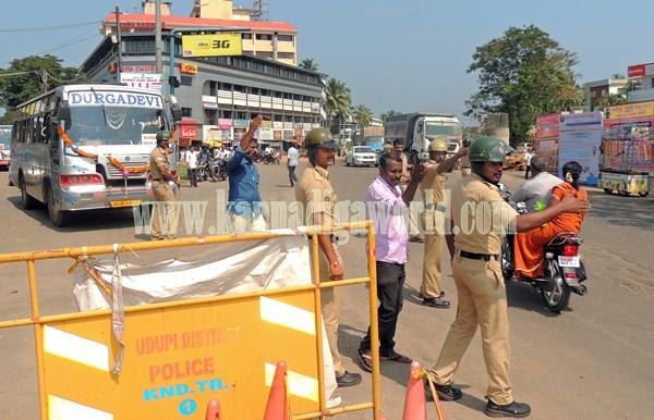 Kundapur BJP_Highway Bundh_Protest (22)