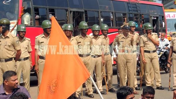 Kundapura_Highway block_Protest (2)