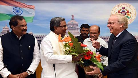 Alponsus Stoelling Ambassador of Netherlands in india Newdelhi Meet Chief Minister Siddaramaiah in Bengaluru on Monday Mou Signed Between Karnataka and Neatherland also seen K J George Minister For Bangalore City Devlopment
