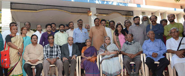 Writers who returned their awards for the intolerance in the Country called on Umadevi wife of the Late MM Kalburgi in Dharwad on Friday. Writers attended conference on Intolerance free society on Nov 27 2015 - KPN ### Dharwad:Conference on Intolerance free society