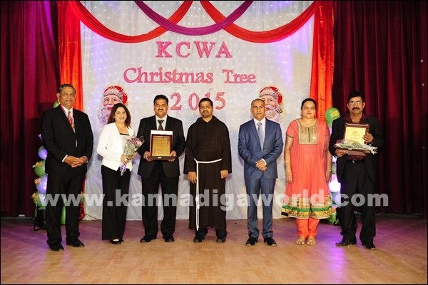 KCWA Christmas tree 2015 _Dec 4-2015-011