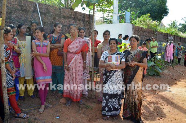 Old students tournament at Paladka School _Dec 7-2015-025