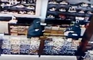 Video: Women steal sweets at Saudi shop
