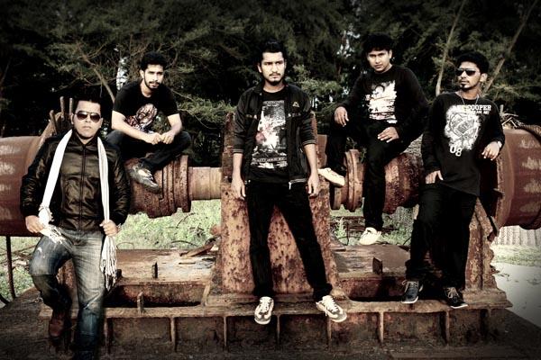 Band Charitra