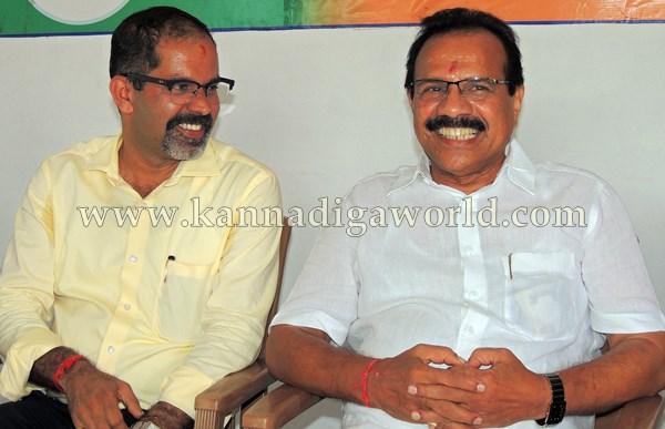 D.Vi. Sadanandagowda_Press Meet_Kndpr (5)