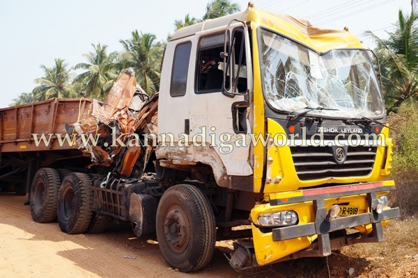 Navunda_Accident_Driver Death (1)