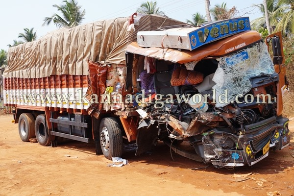 Navunda_Accident_Driver Death (2)