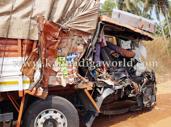 Navunda_Accident_Driver Death (3)