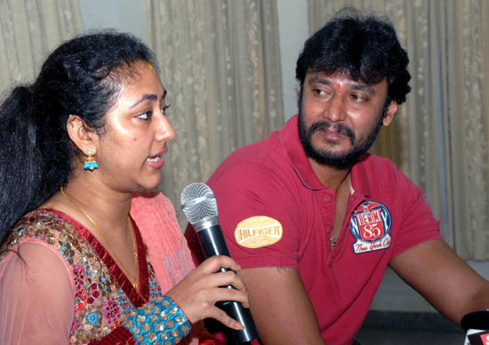 Vijayalakshmi and actor Darshan address the media during a press conference in Bangalore on Sunday. –KPN