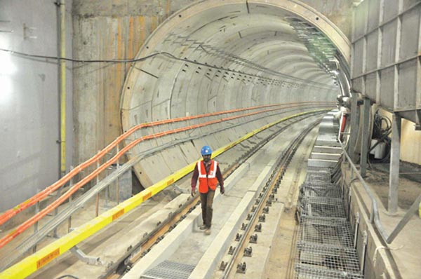 A VIEW OF UNDER PASS  METRO WORK AT V.SOUDHA