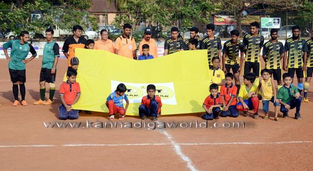 Football_match_photo_7