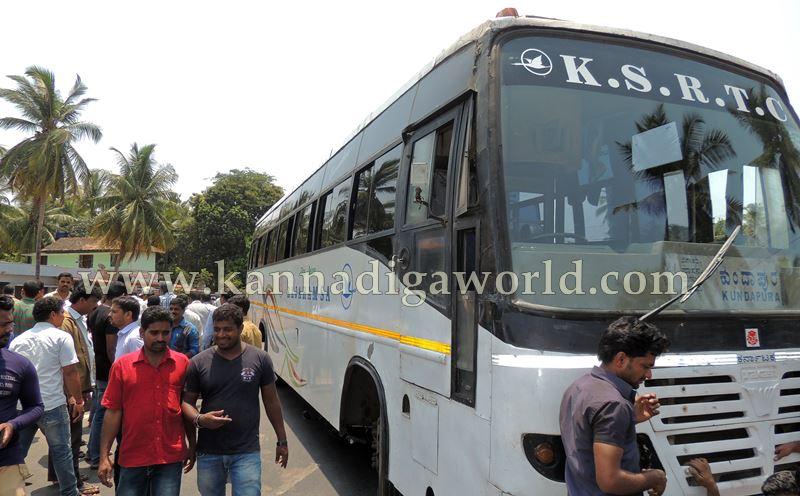 Kumbasi_Bus bike_Accident (10)