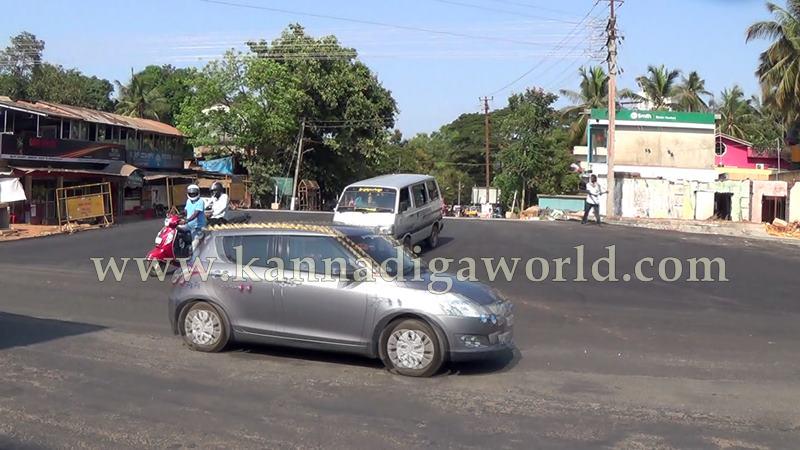 Kundapura_Road_Traffic (1)