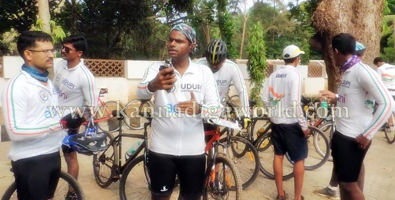 SP Annamalai_Cycle_Riding (16)