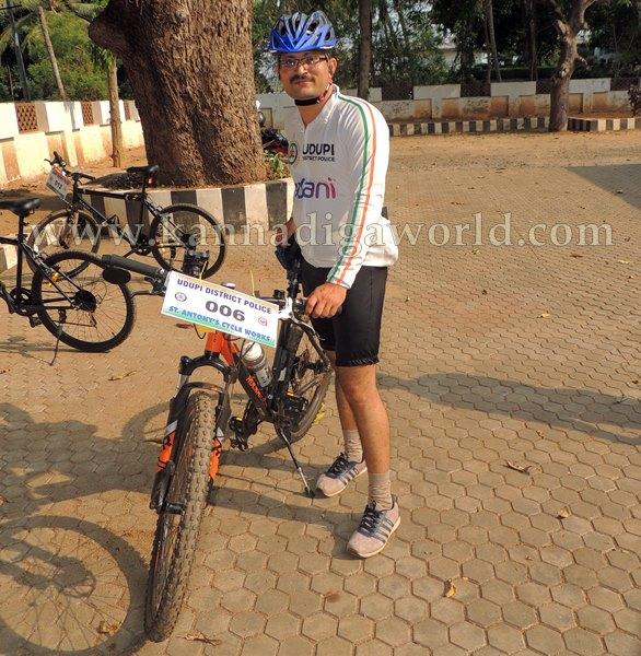 SP Annamalai_Cycle_Riding (21)
