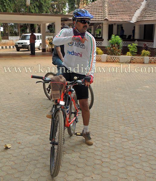 SP Annamalai_Cycle_Riding (7)