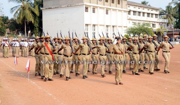 police_flag_day_11