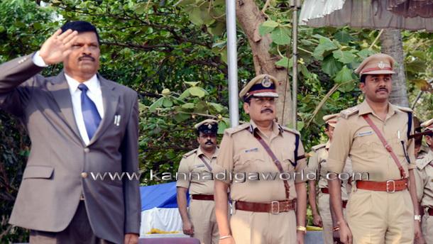 police_flag_day_8