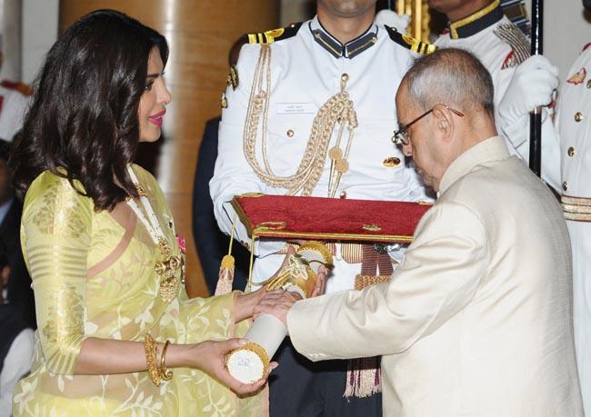 The President, Shri Pranab Mukherjee presenting the Padma Shri Award to Ms. Priyanka Chopra, at a Civil Investiture Ceremony, at Rashtrapati Bhavan, in New Delhi on April 12, 2016.