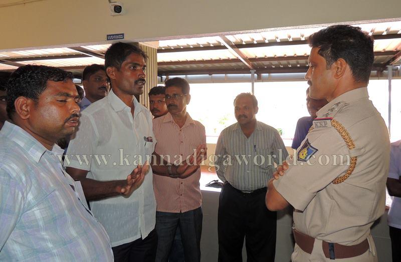 Kundapura_Lorry Drivers_Asault (12)