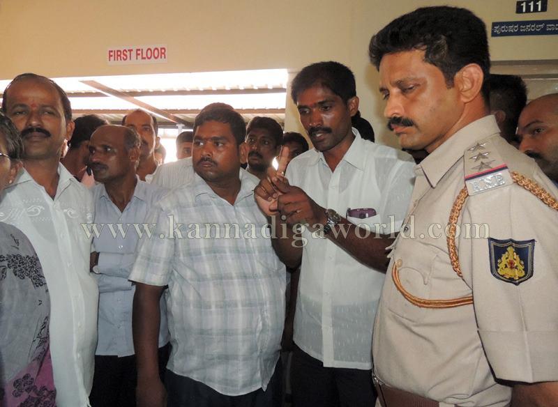 Kundapura_Lorry Drivers_Asault (14)
