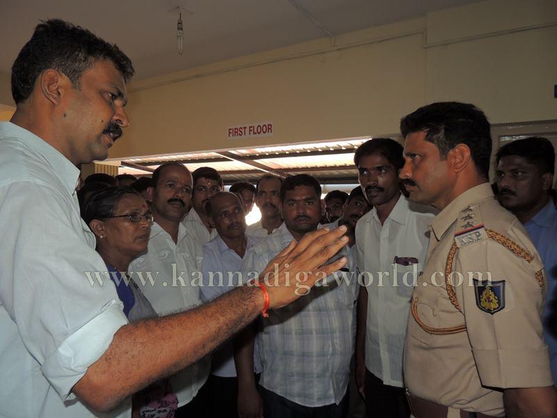 Kundapura_Lorry Drivers_Asault (15)
