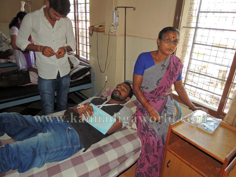 Kundapura_Lorry Drivers_Asault (5)