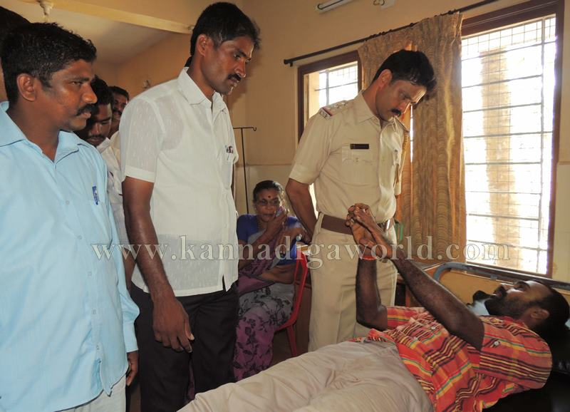 Kundapura_Lorry Drivers_Asault (9)