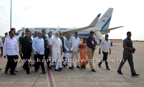 Modi_visit_Airport_1