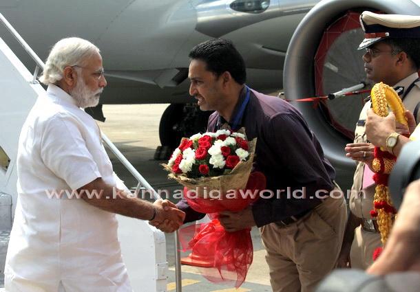 Modi_visit_Airport_3