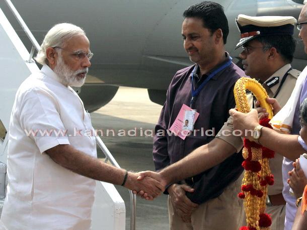 Modi_visit_Airport_4